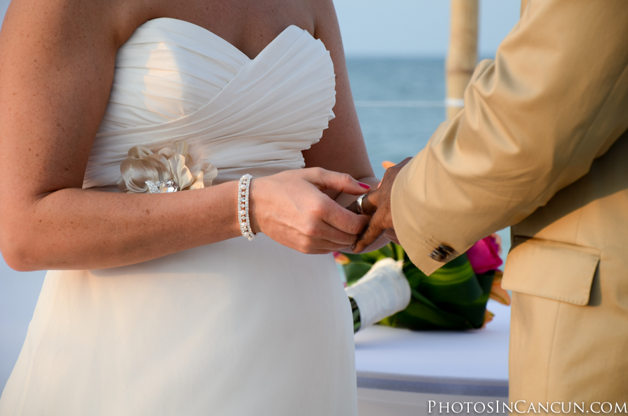Playa Mujeres Wedding Photographer