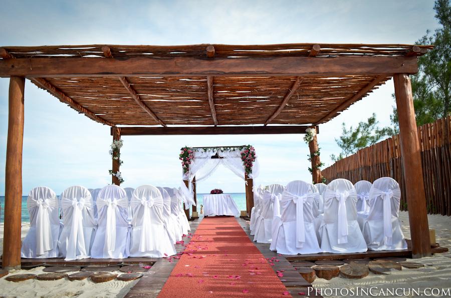 Sunset Princess Hotel In Playa Del Carmen Wedding Photos