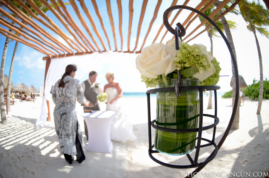 Excellence riviera cancun destination wedding for Best small wedding destinations