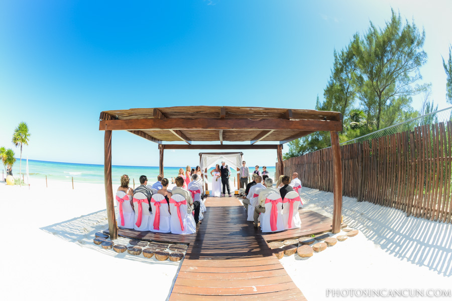 Princess Resort Chill Out Gazebo Small Wedding
