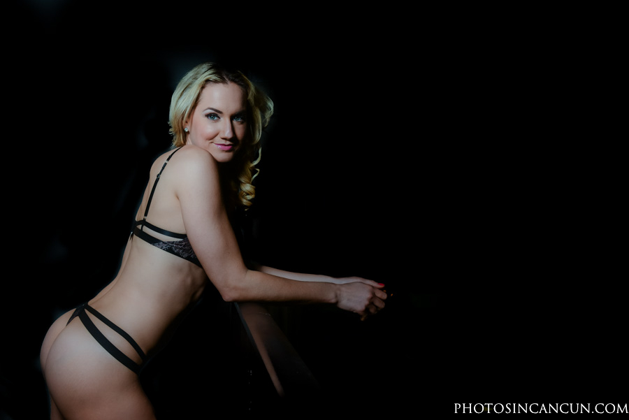 Boudoir Photography Session in Playa del Carmen Mexico