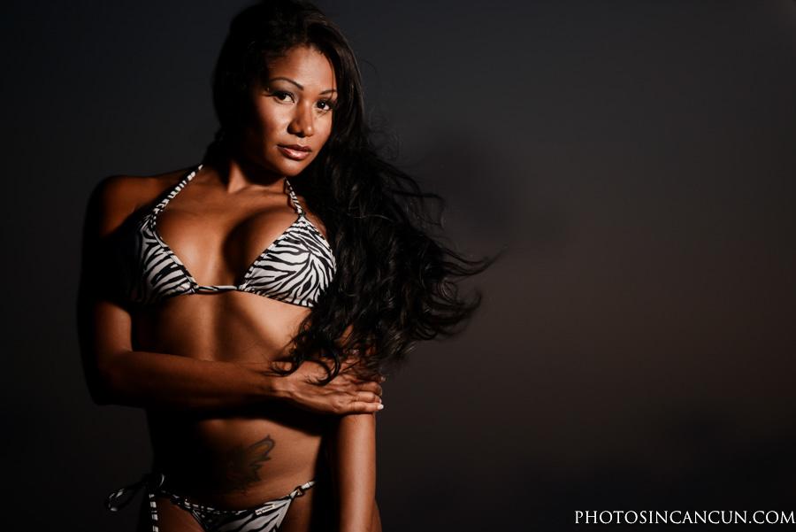Model Photo shooting in Playa del Carmen Photographer