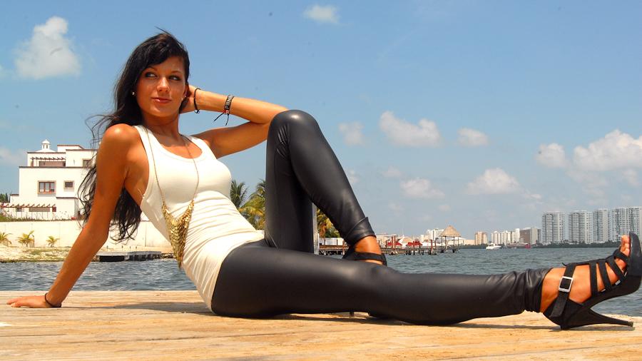 ©Fernando @ Photos In Cancun - Cancun's Top Photographers