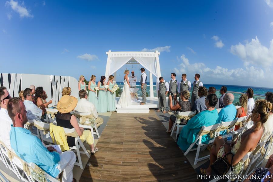 Azul Fives Wedding Photography  Azul Fives, Sky Deck Wedding