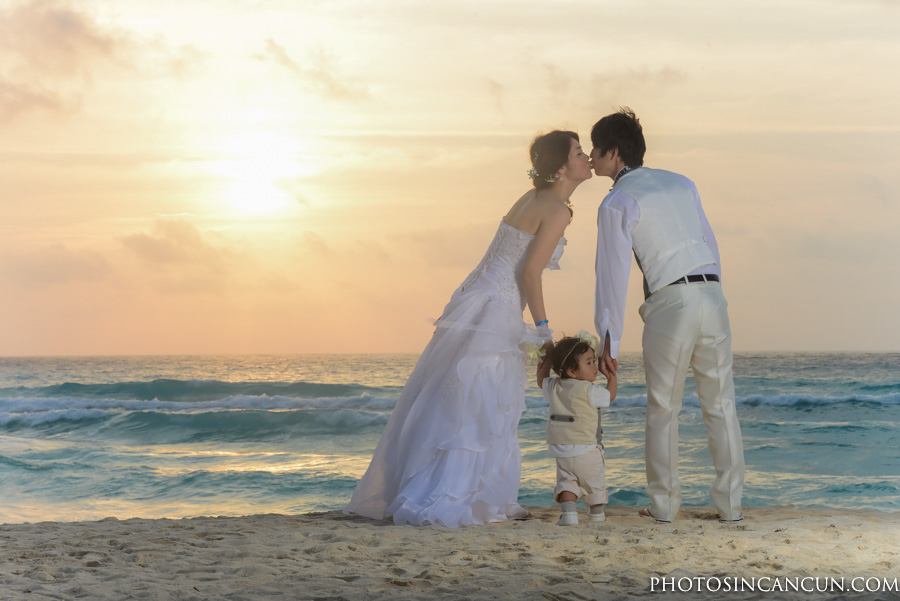 Cancun Baby Moon Photography Session