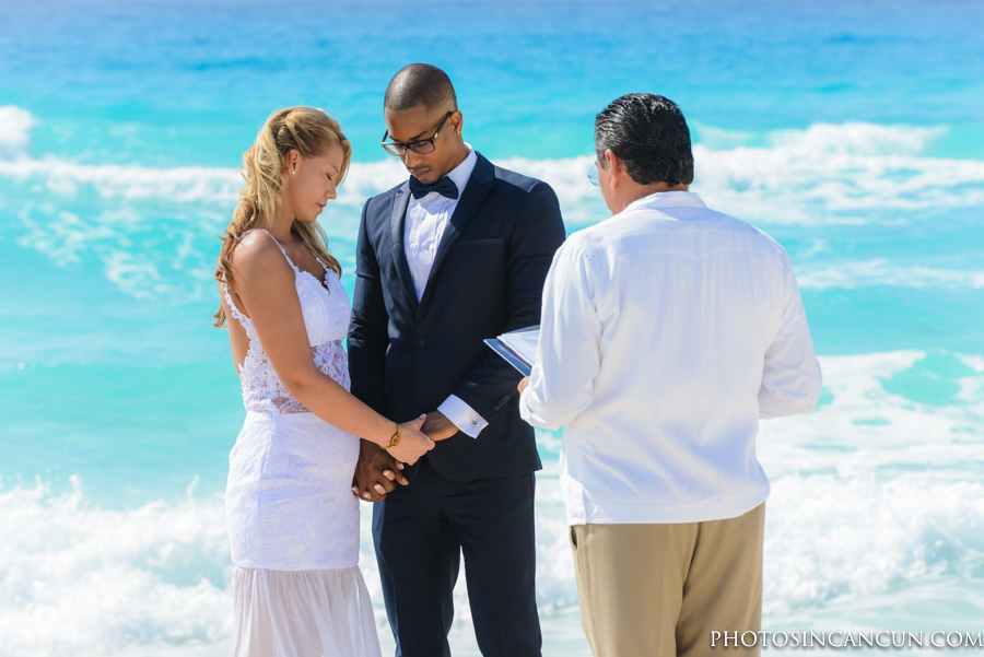 Eloped in Cancun with the Best Photographers
